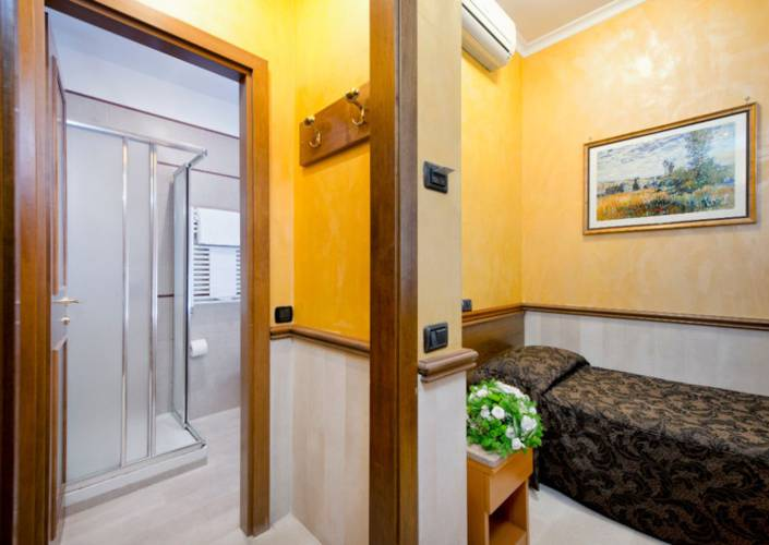 Single room Marco Polo Hotel Rome